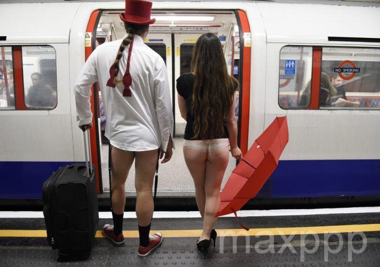 Journée mondiale sans pantalon dans le métro