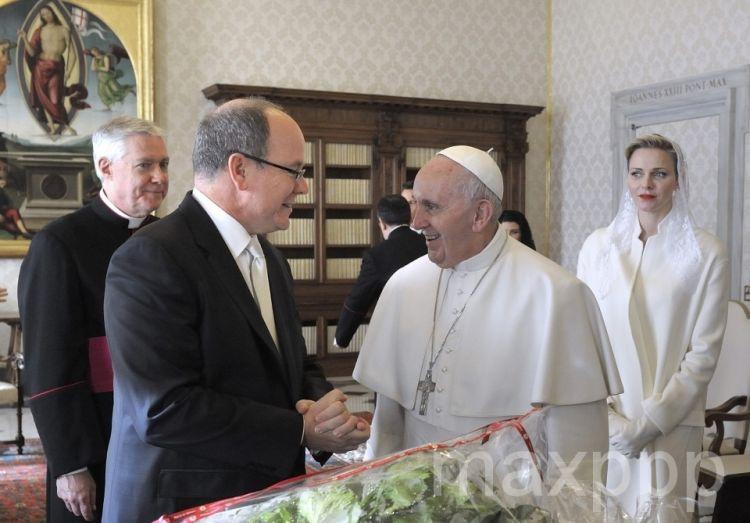 Charlène et Albert de Monaco: rencontre privée avec le Pape